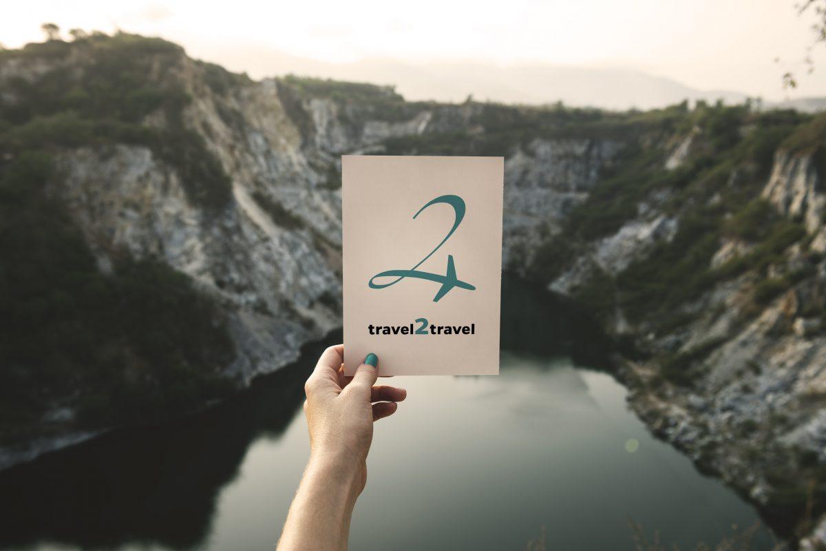 mockup-sito-internet-travel2travel-viaggi-vacanze-avventura-in-famiglia-con-i-bambini